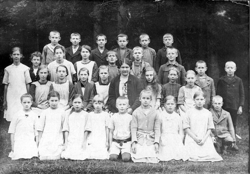 Bild 1198 Possiska Lancasterskolan Hellekis, foto:1922