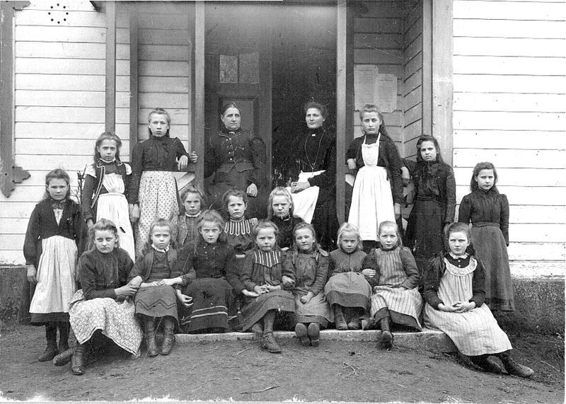 Bild 0702 Medelplana skola början på 1900-talet