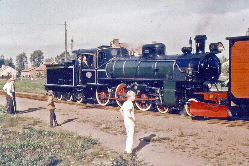 Gössäter station, foto: 1968 i samband med att järnvägstrafiken skulle upphöra
