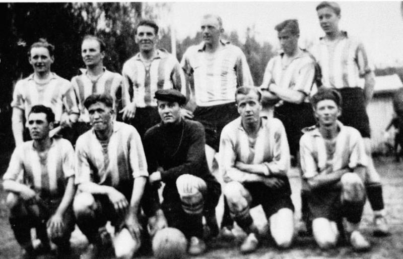 Bild1041 Fotbollslag i Hällekis IF