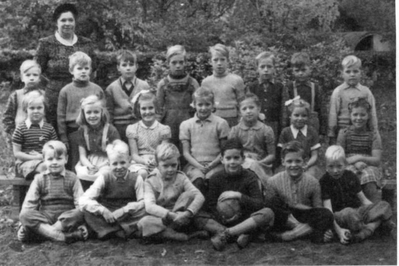 Bild3628 Hönsäters Skola Klass 1 o 2 1951