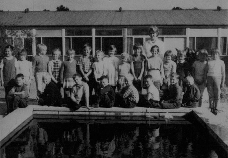 Bild3662 Hällekis Skola Klass 2 1962