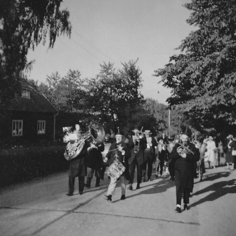 Bild1089 Musik och revy i Hällekis