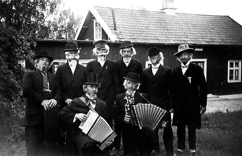 Bild1981 Musik och revy i Hällekis