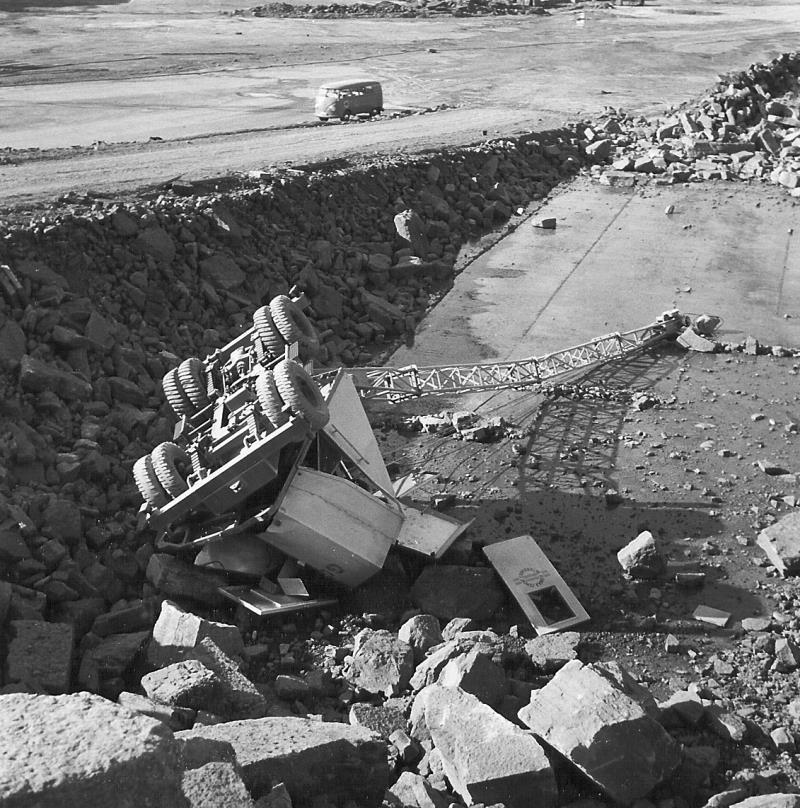 Bild5023 Cementfabriken Hällekis Brottet