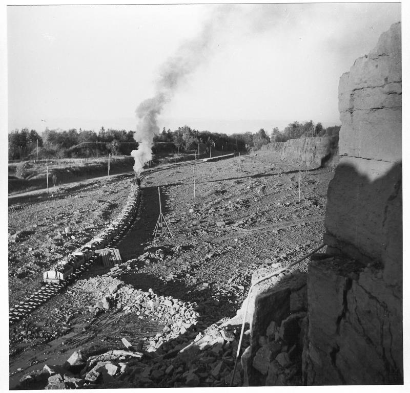 Bild5238 Cementfabriken Hällekis Brottet