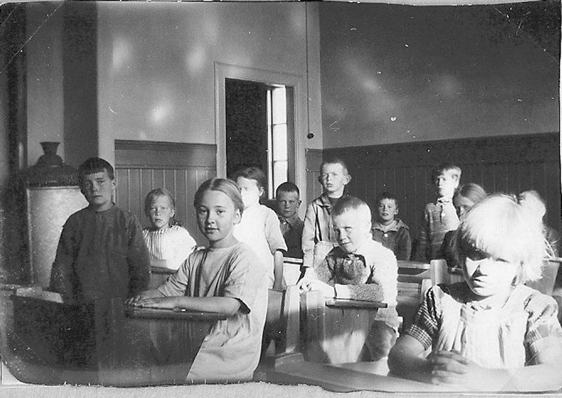 bild_3_klass_1o2_ar_1925-26_kestadskola
