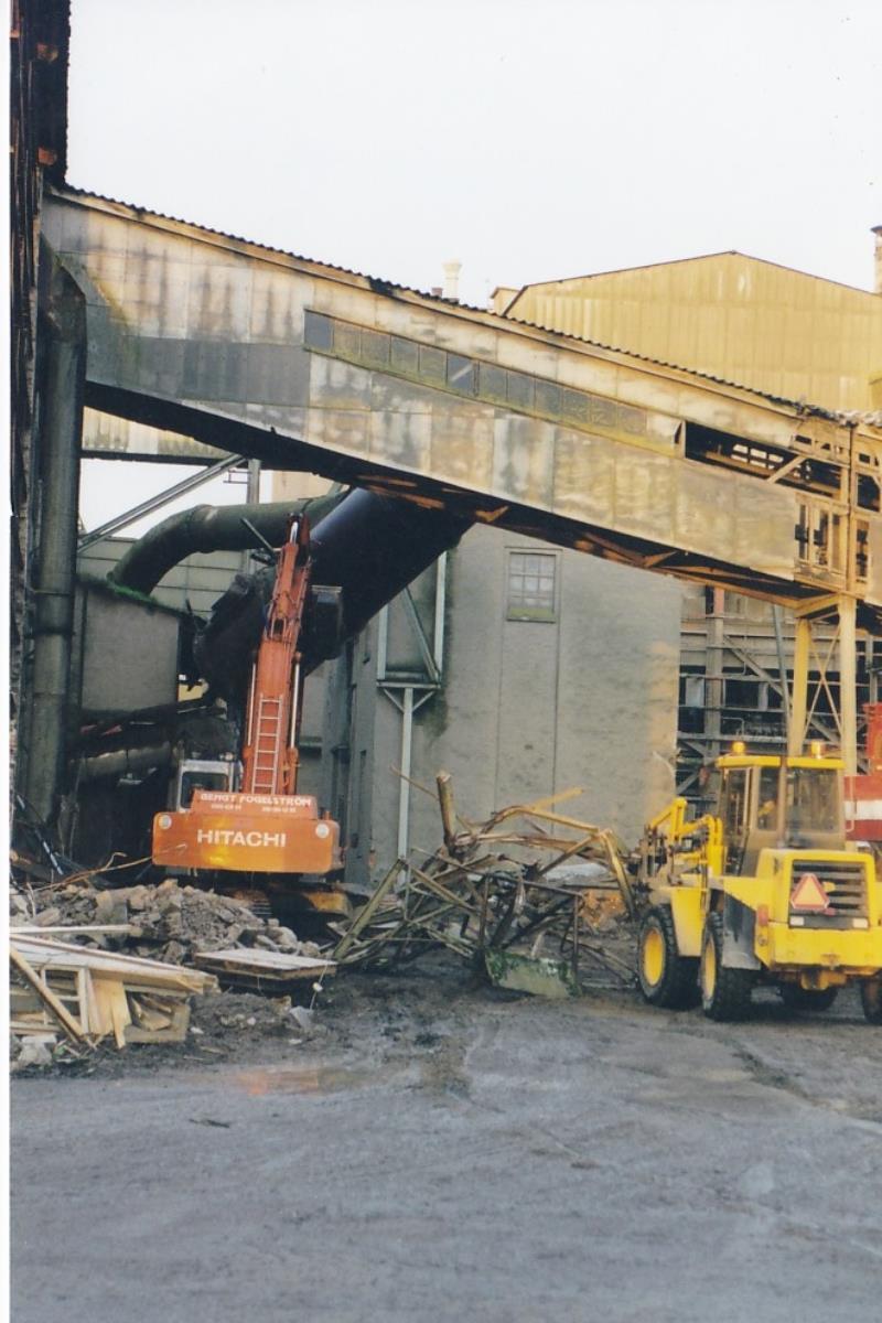Bild4338 Rivning av Cementfabriken Hällekis
