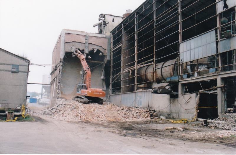 Bild4344 Rivning av Cementfabriken Hällekis