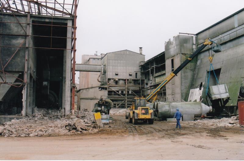 Bild4347 Rivning av Cementfabriken Hällekis
