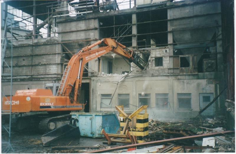 Bild4348 Rivning av Cementfabriken Hällekis