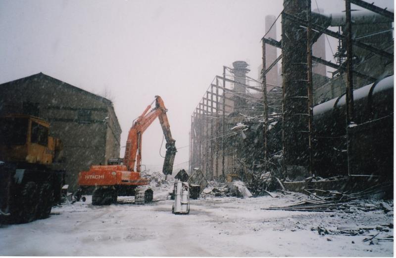 Bild4370 Rivning av Cementfabriken i Hällekis