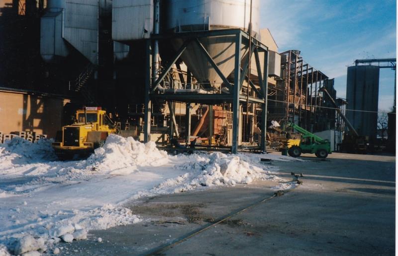 Bild4381 Rivning av Cementfabriken i Hällekis