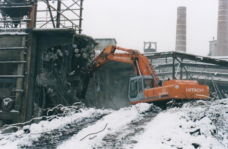 Bild4384 Rivning av Cementfabriken Hällekis