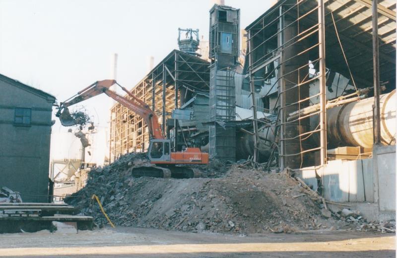 Bild4391 Rivning av Cementfabriken Hällekis