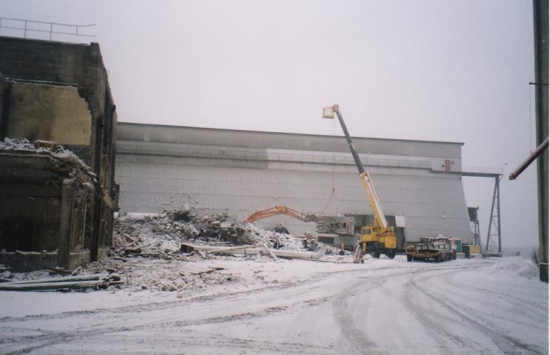 Bild4399 Rivning av Cementfabriken Hällekis