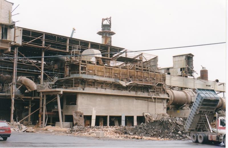 Bild4406 Rivning av Cementfabriken Hällekis