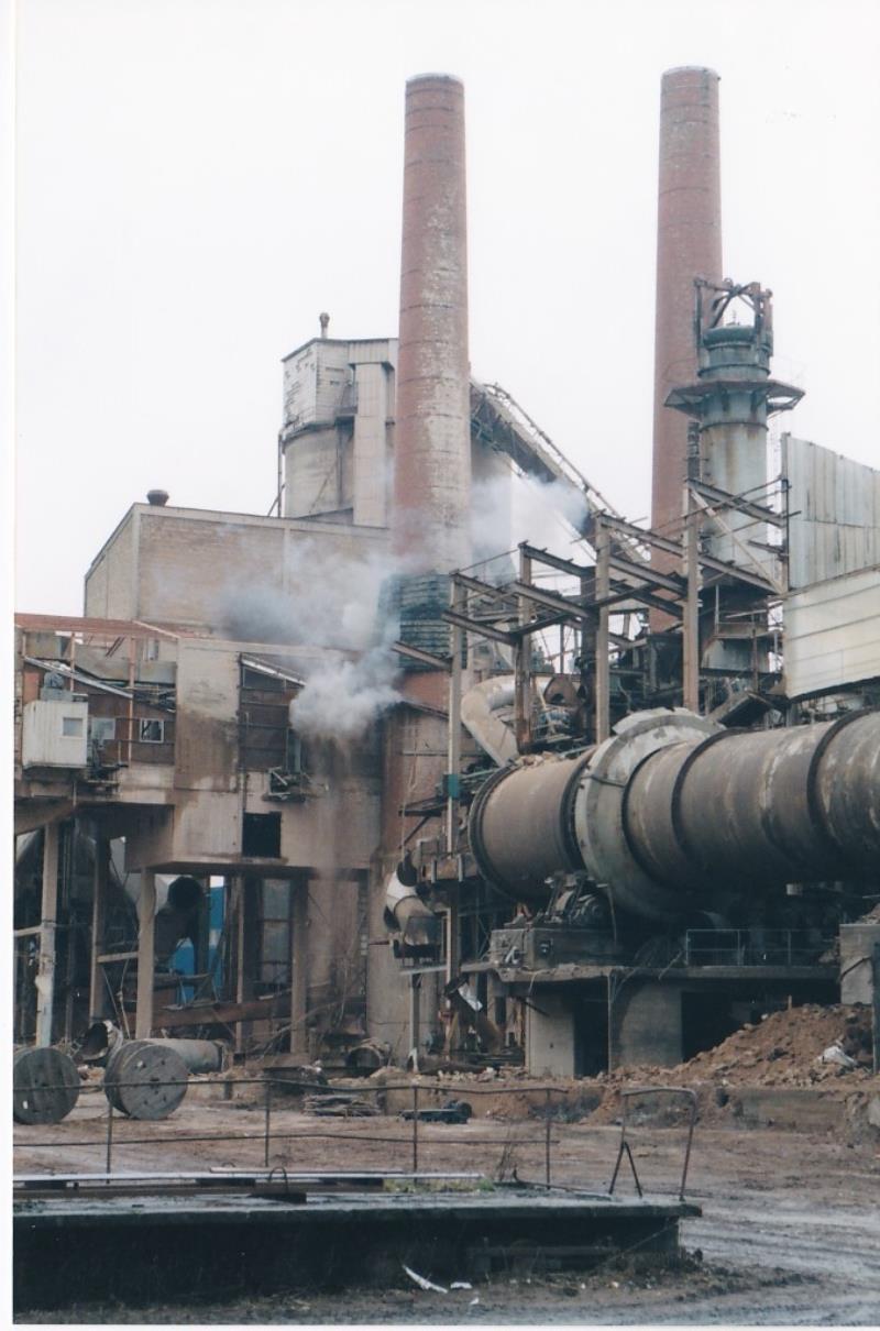 Bild4447 Rivning av Cementfabriken Hällekis