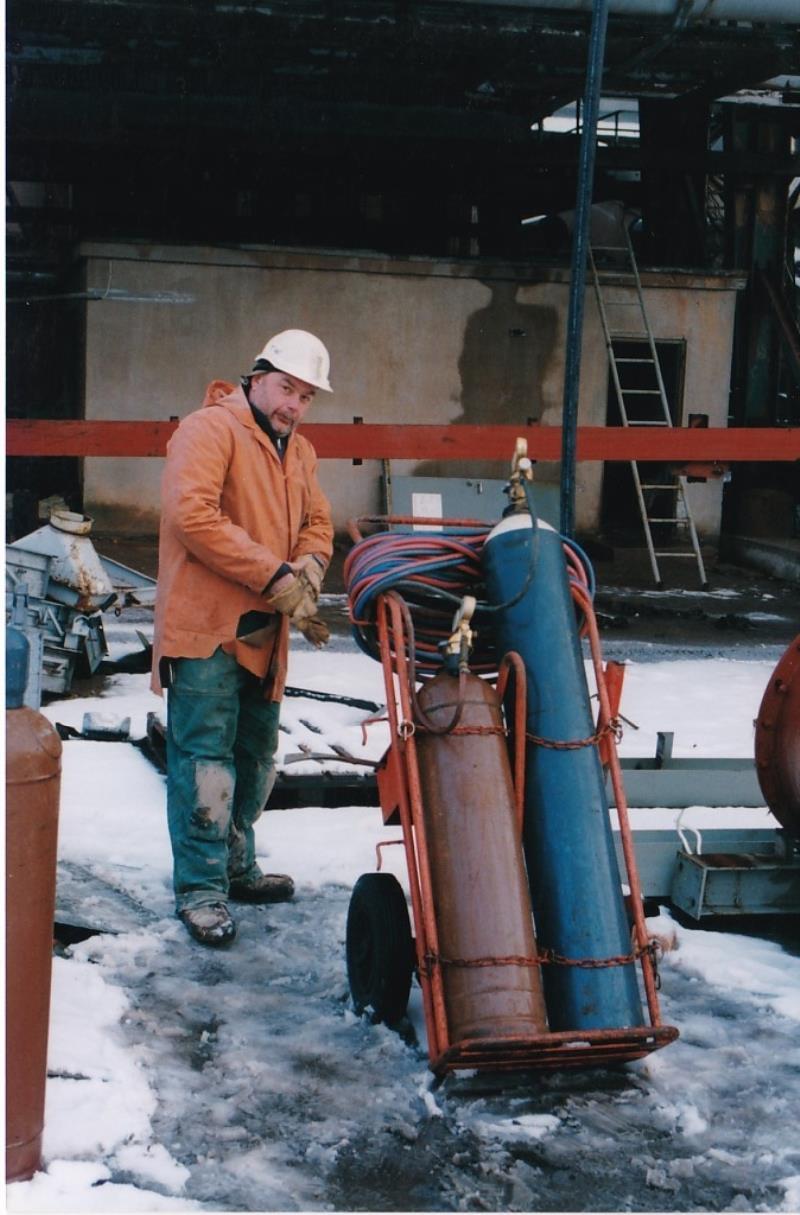 Bild4448 Rivning av Cementfabriken Hällekis