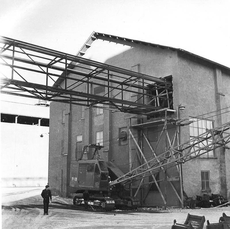Bild4972 Cementfabriken Cementsilos och utlastning