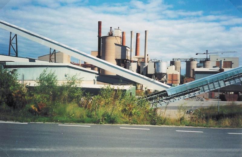 Bild2103 Rivning av Cementfabriken Hällekis