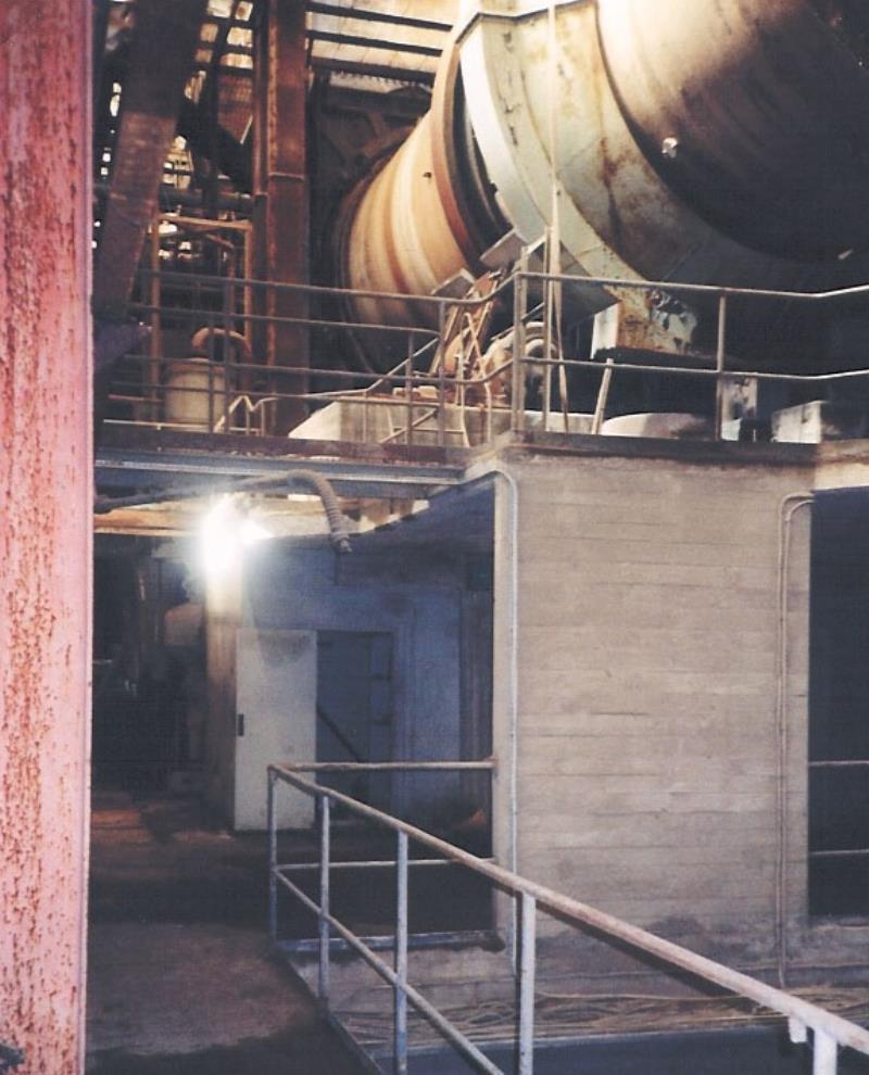 Bild2108 Rivning av Cementfabriken Hällekis