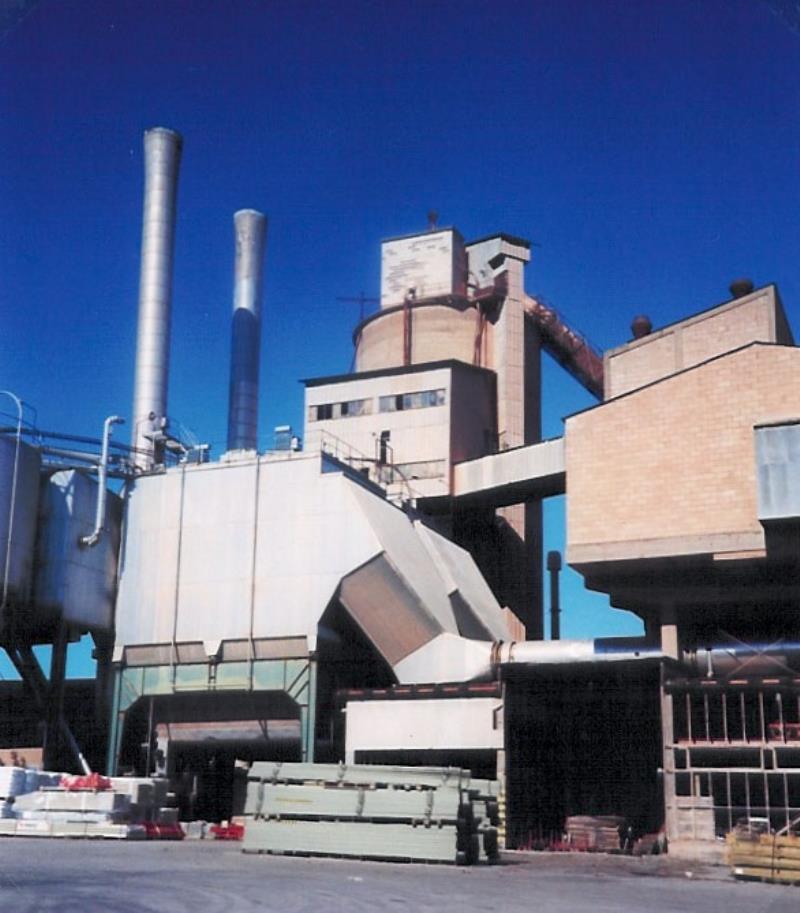 Bild2112 Rivning av Cementfabriken Hällekis