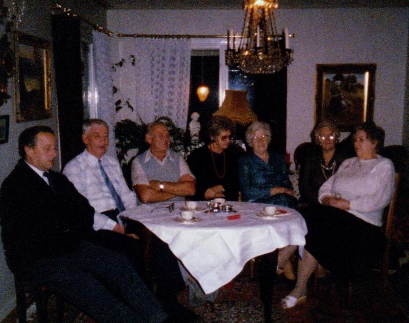 Bild3190 Pensionärer från Hällekis på 1980-talet