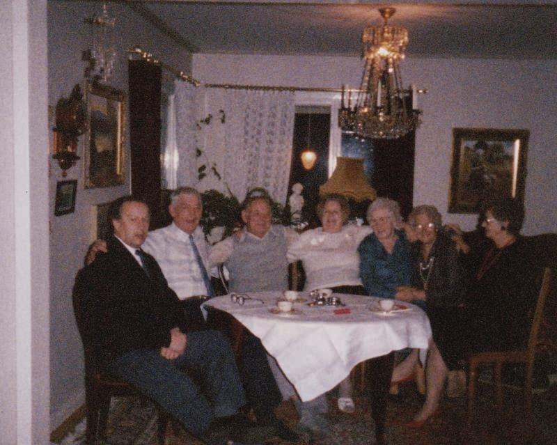 Bild3191 Pensionärer från Hällekis på 1980-talet