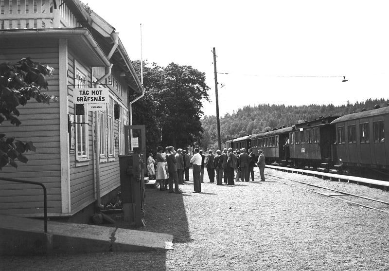 Bild3599 Pensionärer på Cementa Hällekis på resa