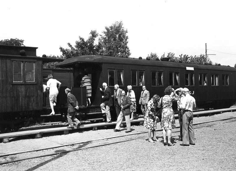 Bild3607 Pensionärer på Cementa Hällekis på resa