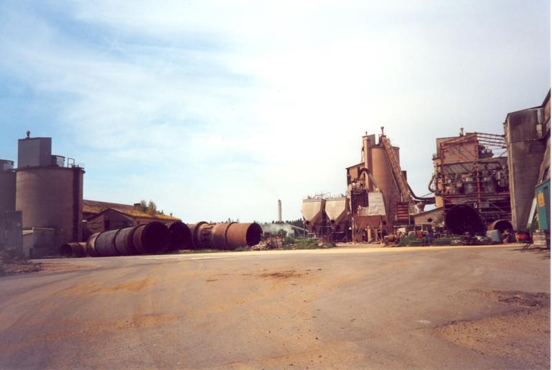 Bild3933 Rivning av Cementfabriken Hällekis