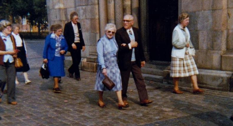 Bild3227 Pensionärer från Hällekis på 1980-talet
