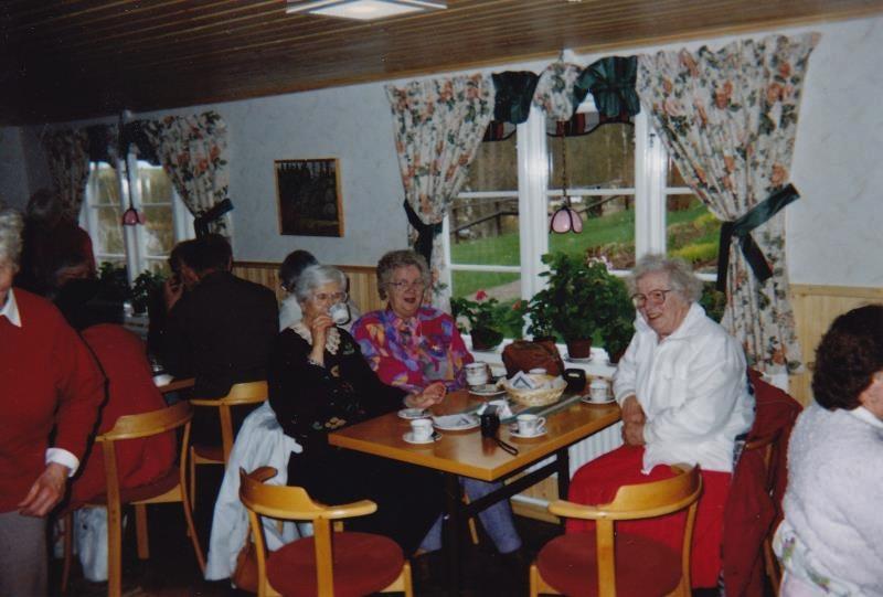 Bild3235 Pensionärer från Hällekis på 1980-talet