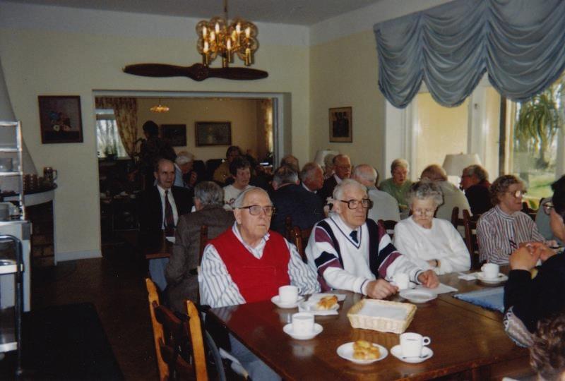 Bild3240 Pensionärer från Hällekis på 1980-talet