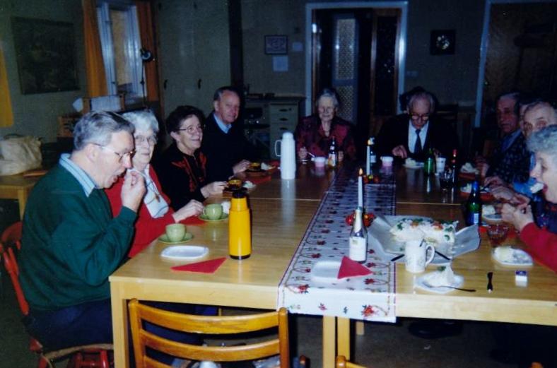 Bild3247 Pensionärer från Hällekis på 1980-talet