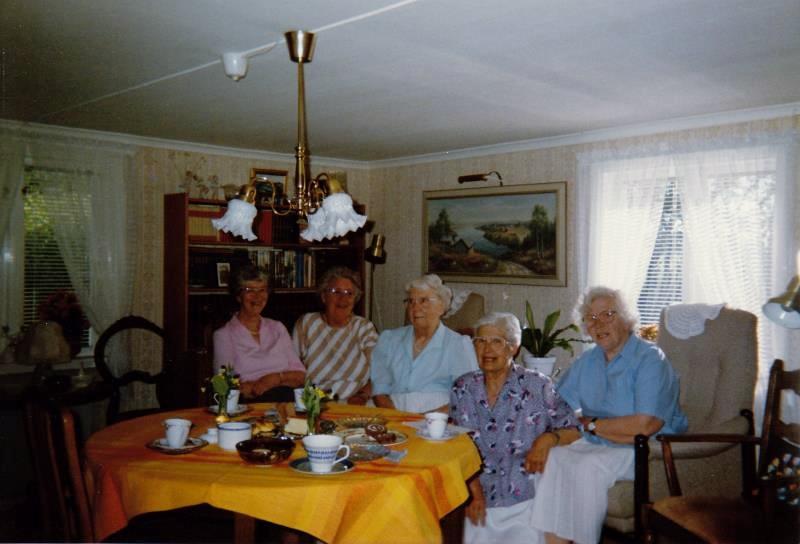 Bild3258 Pensionärer från Hällekis på 1980-talet