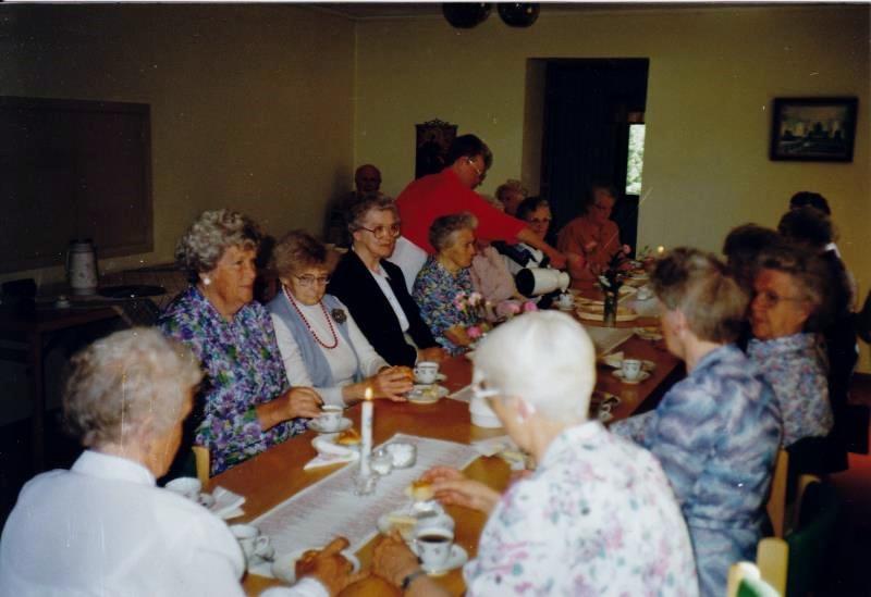 Bild3266 Pensionärer från Hällekis på 1980-talet