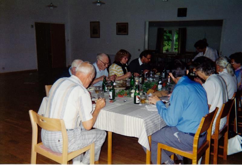 Bild3271 Pensionärer från Hällekis på 1980-talet