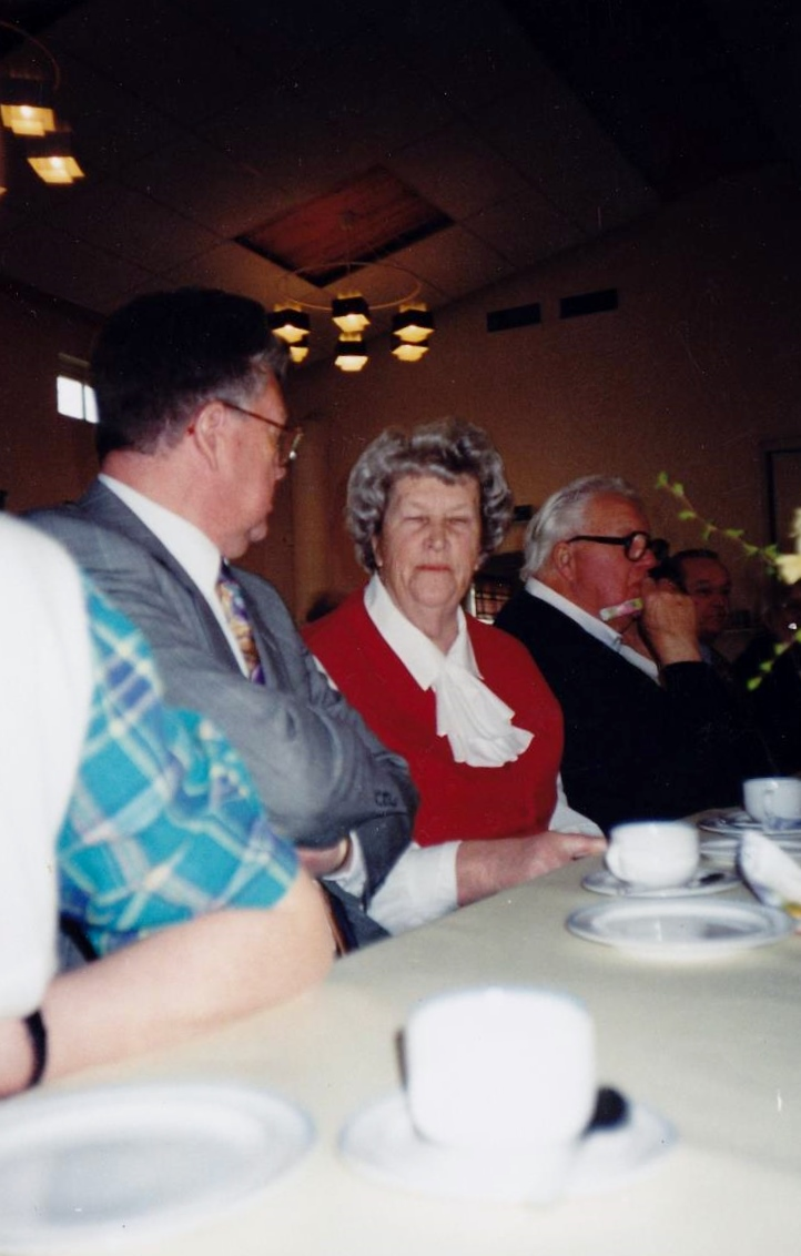 Bild3272 Pensionärer från Hällekis på 1980-talet