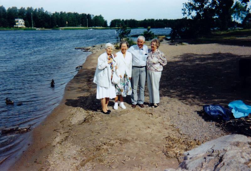 Bild3275 Pensionärer från Hällekis på 1980-talet