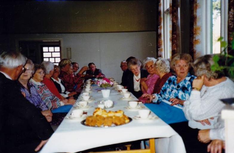 Bild3300 Pensionärer från Hällekis på 1980-talet