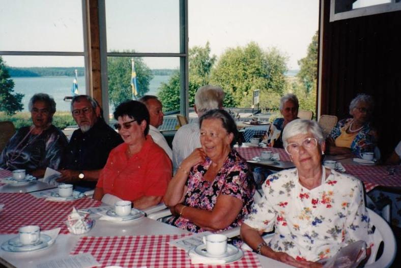 Bild3301 Pensionärer från Hällekis på 1980-talet