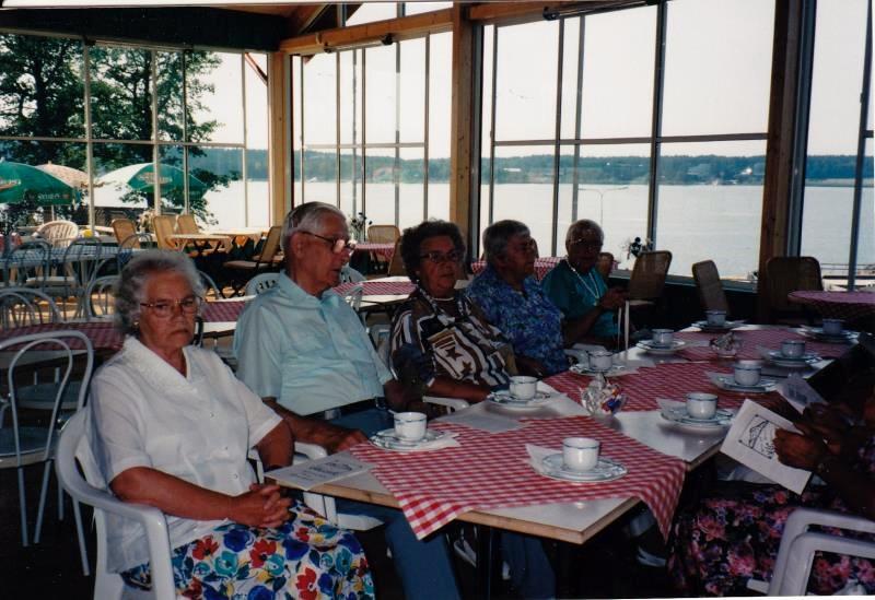 Bild3302 Pensionärer från Hällekis på 1980-talet