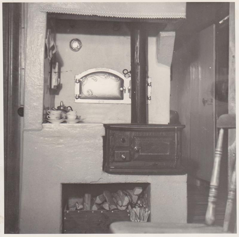 Bild5975 Köksspisen i Skoghem. Troligen 1950-talet.