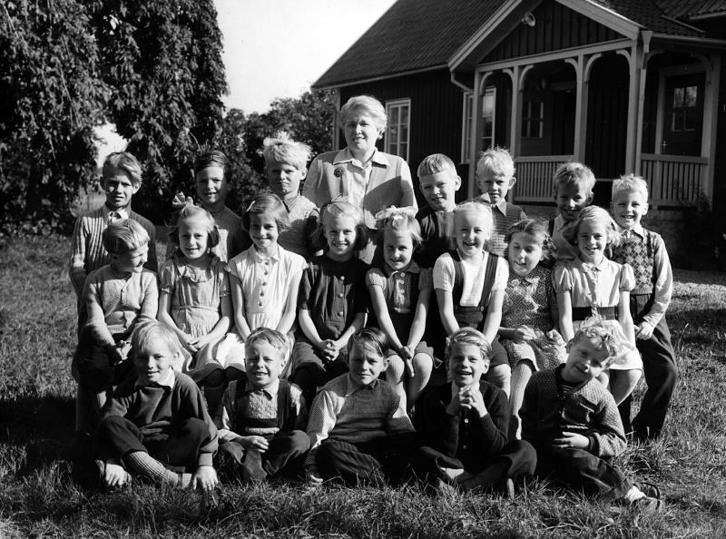 Bild 4204 Annexet - Småskolan Västerplana, 1952