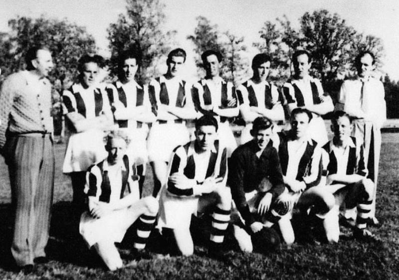 Bild1042 Fotbollslag i Hällekis IF