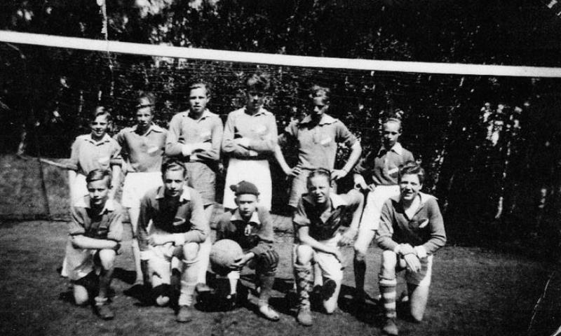 Bild1044 Fotbollslag i Hällekis IF Pojklag