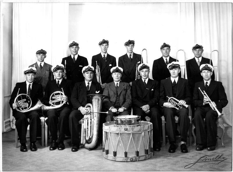 Bild1977 Hällekis Musikkår