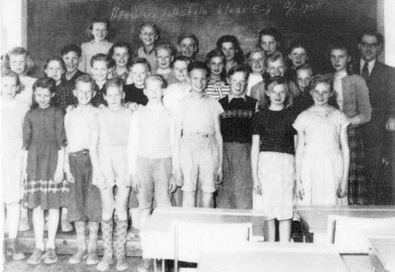 Bild3650 Hönsäter Storskola Klass 5 o 7 1950